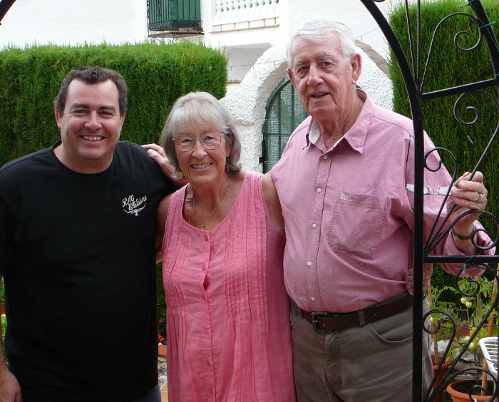 Bob Taylor with his cousin and son